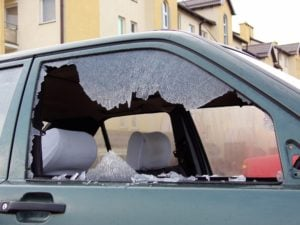 How to Temporarily Fix a Broken Car Window ...